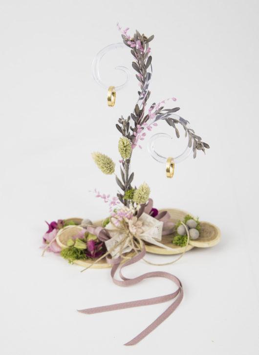 porta anillos rama de arbol y flor preservada