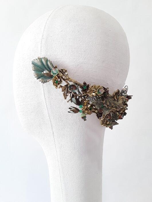 corona metálica verde